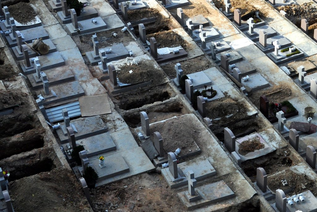 Space in Hong Kong graveyards is only rented for 10 years